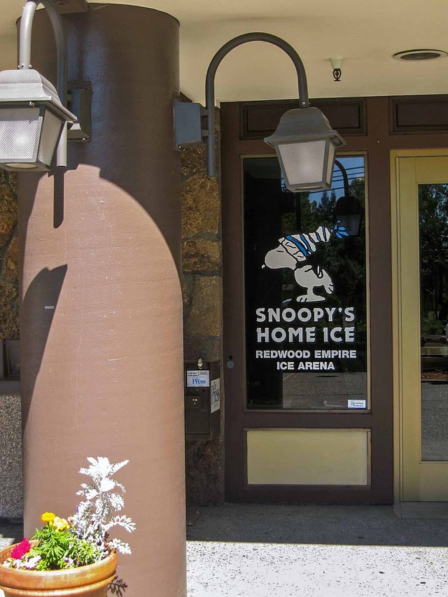 Snoopy's Home Ice 3_edit