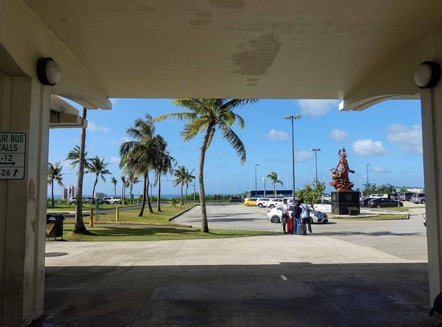 グアム国際空港 1_edit