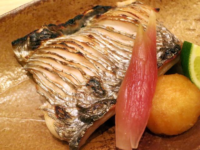 太刀魚の塩焼き 3_edit