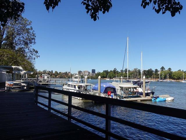 Kangaroo Point Bikeway からブリスベン川を望む 3_edit