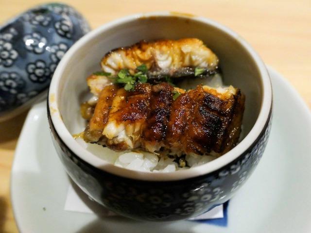 天然ウナギの蒸し寿司 2_edit