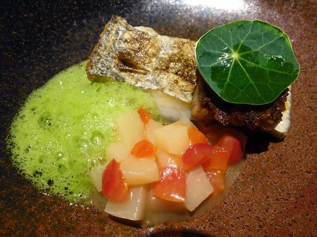 太刀魚のポワレと豚足のガレット 2_edit