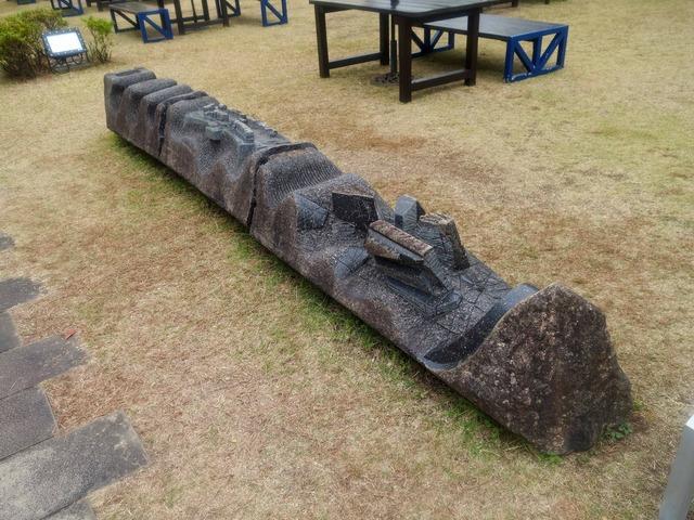 彫刻『運命の船』 2_edit
