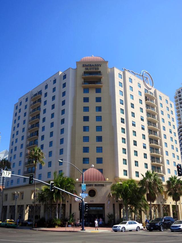 Embassy Suites San Diego Bay 10_edit