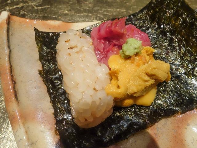 宍粟牛と唐津・赤ウニの手巻き寿司 3_edit