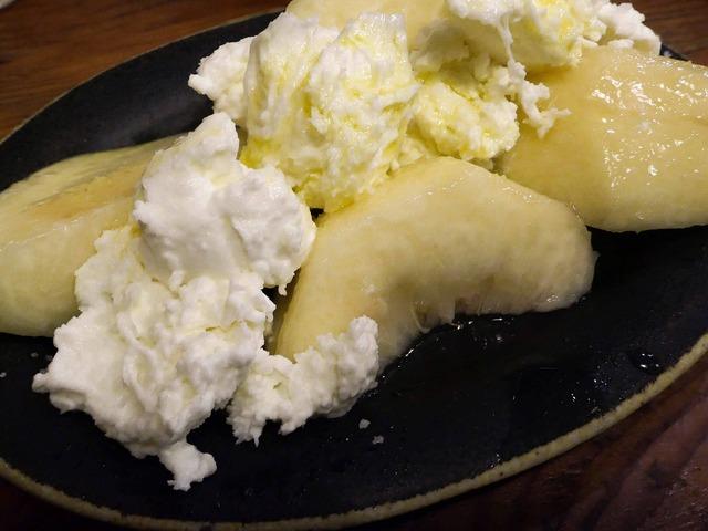 桃とモッツァレラチーズ 3_edit