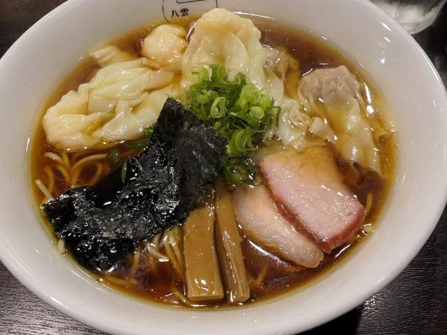 特製ワンタン麺(黒だし) 4_edit