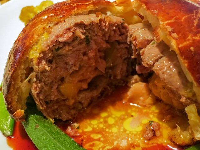 猪肉とフォアグラのパイ包み 2_edit