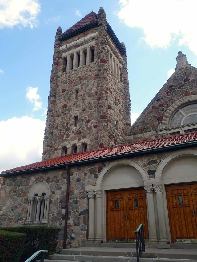 Calvary Memorial Church 3_edit