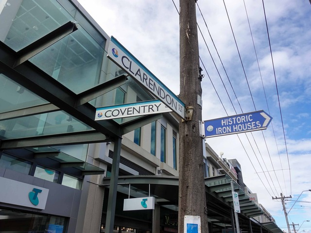 Coventry St と Clarendon St の交差点 3_edit