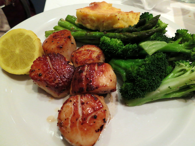 New Bedford Giant Sea Scallops 1_edit