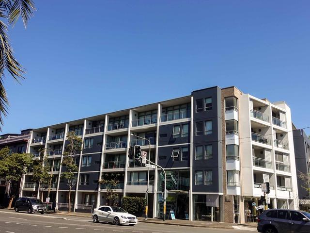 Flinders St と Albion St の交差点_edit