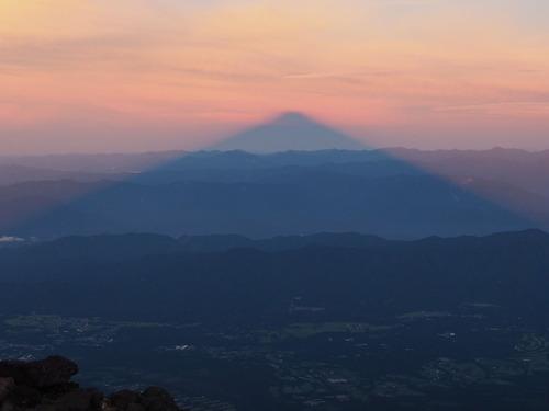 富士登山 (2)影富士