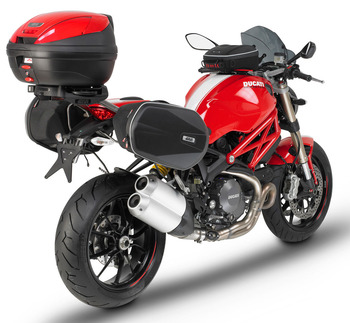 Ducati_Monster_1100EVO_Givi_Accessories