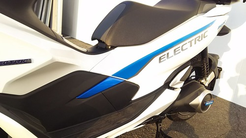 PCX ELECTRIC011