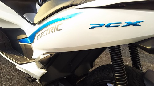 PCX ELECTRIC015