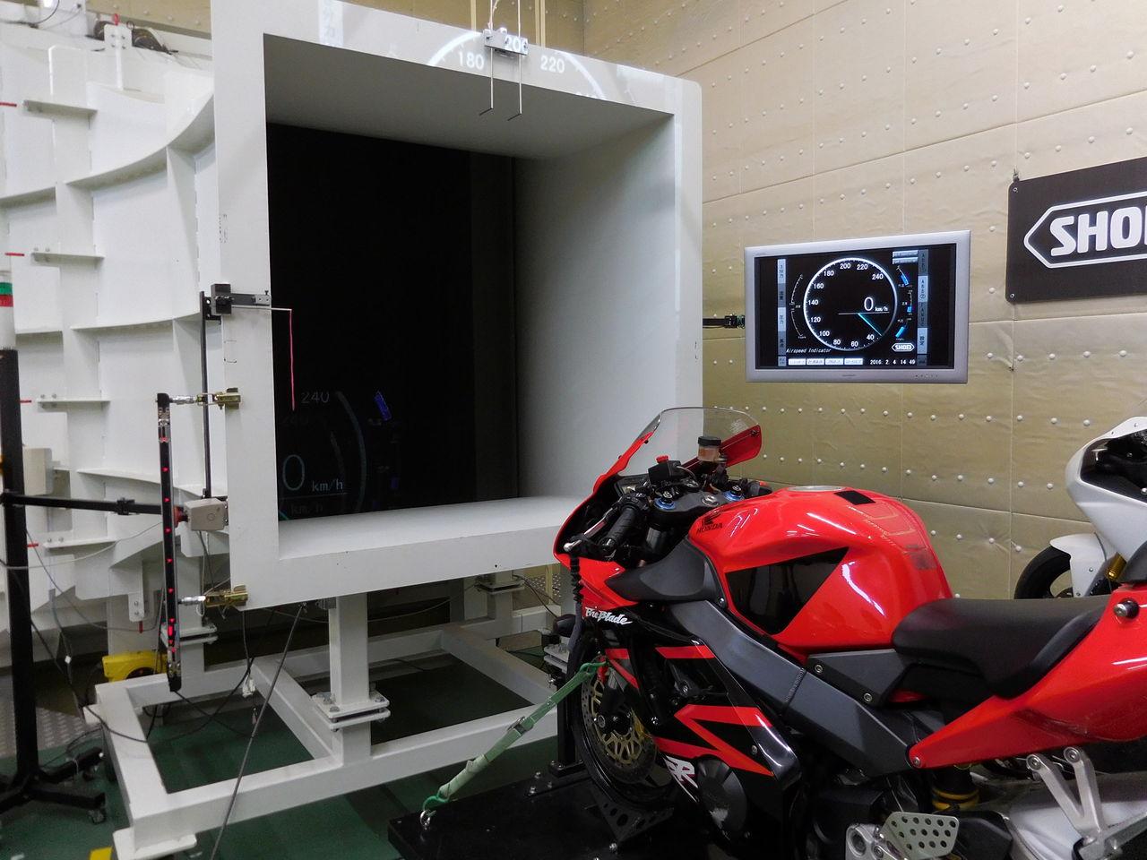 風洞実験設備
