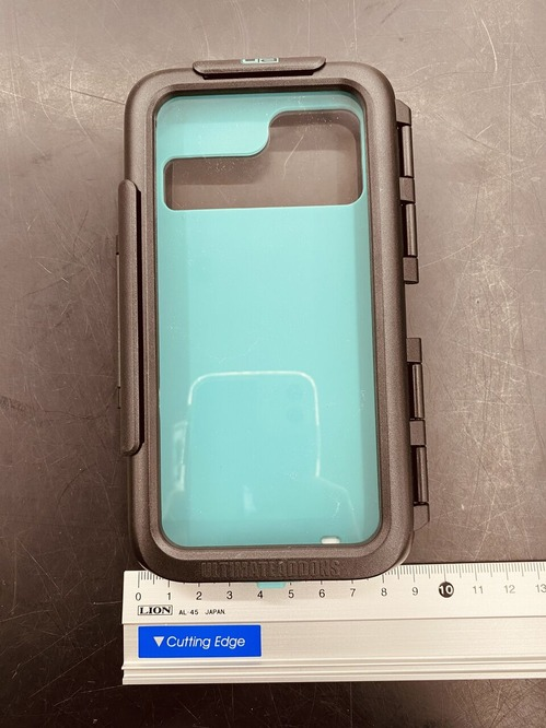 UAiphone12pro3