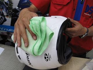 緑2りんかん 平日 イベント ヘルメットクリーニング
