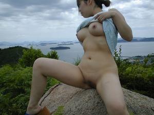 jp_whitemedaka_imgs_2_e_2e8ccf0c