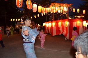 23-7盆踊り 015