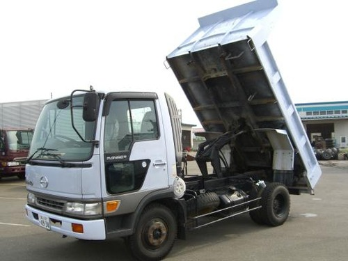 日野自動車 トラック レンジャー