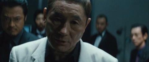 【悲報】ヤクザさん、レンタカーすら借りられないwww