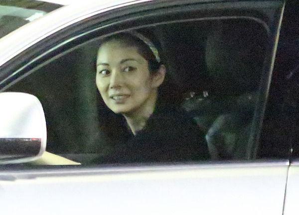 伊東美咲、新居は10億円の白亜の大豪邸。義父が一括購入