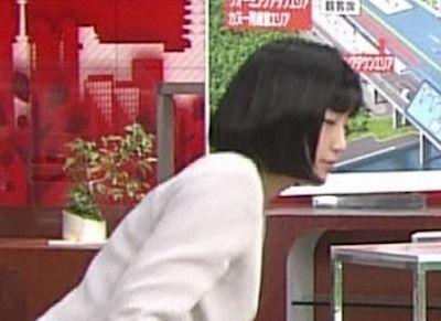 【画像】竹内由恵アナの「真ん丸なお尻」がたまんねえええええええええええええええ