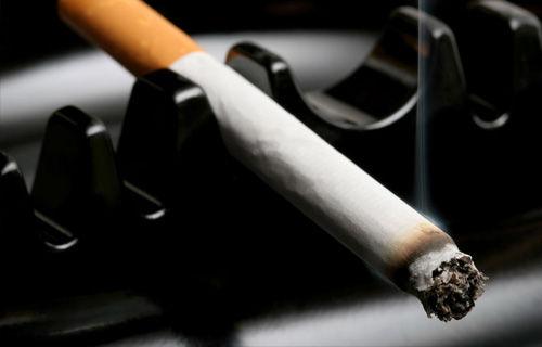 【戦争】JTの「タバコの受動喫煙と肺がんは関係あるか不明」発言に国立がんセンターブチ切れ異例の反論文