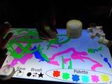 これも光弾性みたいな道具で絵を描く装置