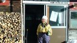 ミナおばあちゃんが一番搾りの豆乳を毎朝現場に持たせてくれた