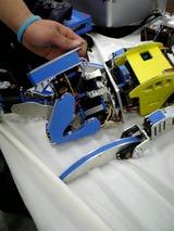 脚のデザインが洗練されていたロボット、3.5kgなのに動きも良かった