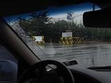 DMZへの道路は厳重に警備されている