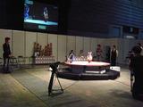 プレス内覧会でもライバルトコトコ丸との戦いだった。