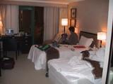 ホテルはうちのROBO-ONE史上とても広く