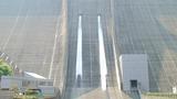 宮谷ヶ瀬ダムの観光放流で涼み隊