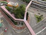 パンダホテルには地上3階に駅までの連絡通路が繋がる