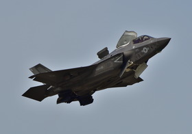 F35-13_00010