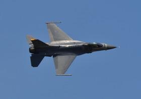 F16-15_00012
