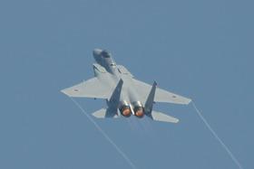 F15-4