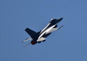 F16-10_00008