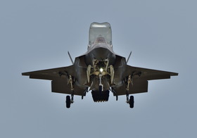 F35-12_00009