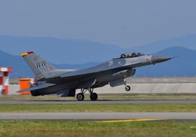 F16-16_00013