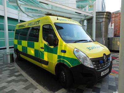 f1-3-1 救急車