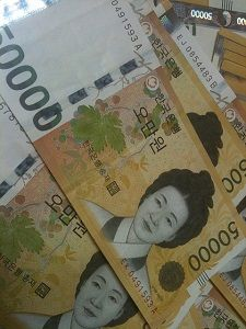 【韓国経済】米・中の衝突「火の粉」…ウォン1130ウォンに急落