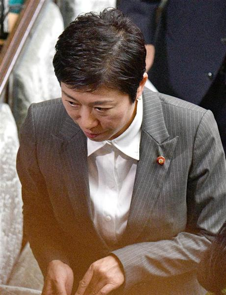 疑惑の辻元清美、衆院本会議に出席wwwwww 死人の表情でワロタwwwwwwwww