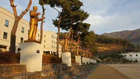 【歴代大統領】韓国に新たな銅像問題、大学に朴槿恵像は建ててもOK?=韓国ネット「弾劾1号って表記するならOK」