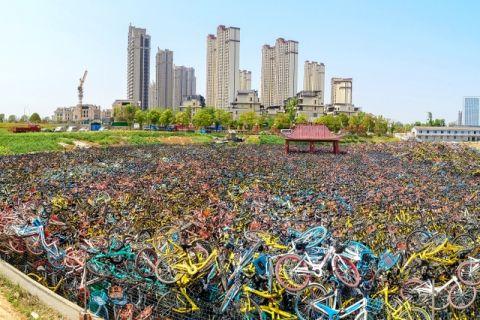 中国人「日本はなぜ長期的に不景気なのか」