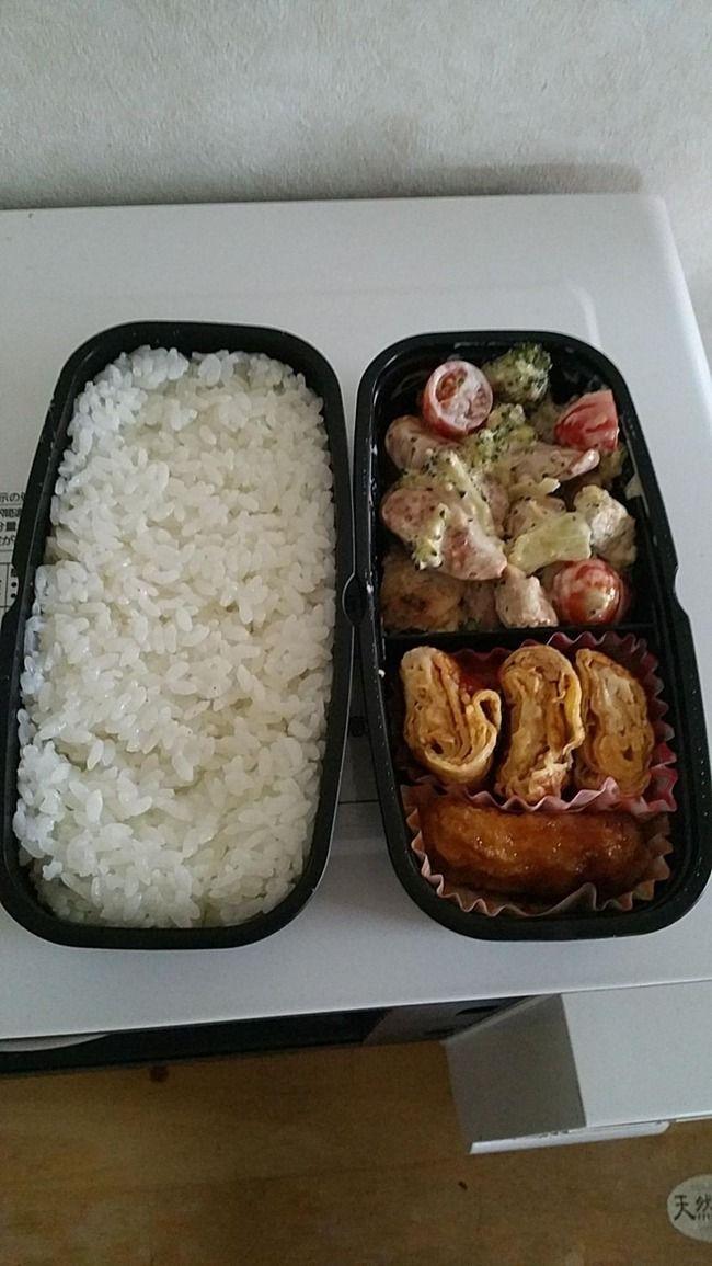 韓国人「日本人妻の弁当‥」「白米をそのまま出している」「おかずがイオンで200円で売っている冷凍食品」「これは動脈硬化で早く行けという意味だ」日本の愛妻弁当をご覧ください